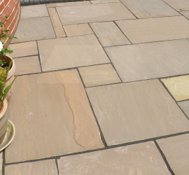 Pack F Indian Sandstone Autumn Brown- Riven face and edge